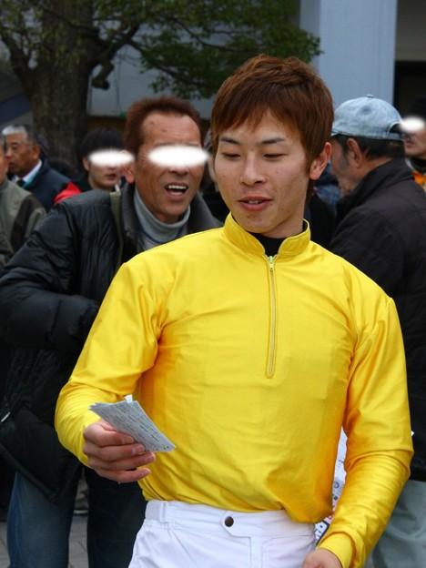 騎手お出迎え-町田直希騎手-01-large