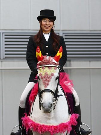 川崎競馬の誘導馬01月開催 椿2Ver-120124-15