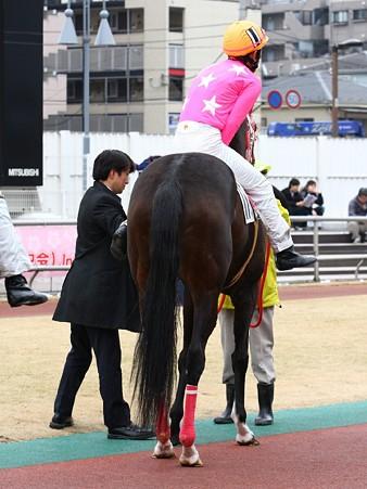 120301-05R-11-内田利雄騎手-04