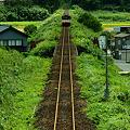 写真: のと鉄道 松波駅近くにて