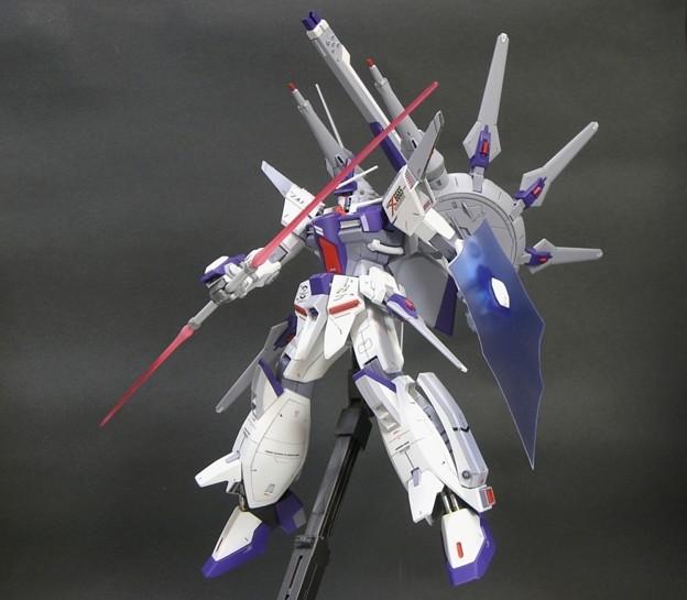 18 Legend Gundam 1;100