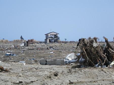 津波の被害 ひとつだけ残った家