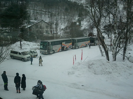 富士見東中学校 到着 (2)