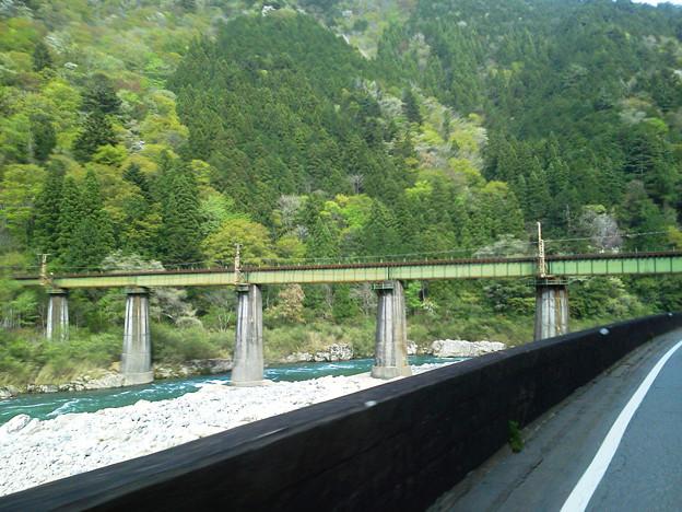 R41-02 飛騨川に架かるJR第四益田川橋梁