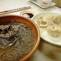 Photos: 上海駅前 大娘餃子の牛肉粉絲と白菜猪肉餃子