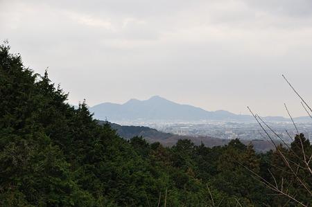 二上山が見えます