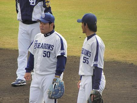 004 ぶーちゃんの他に、福田もファーストについてました