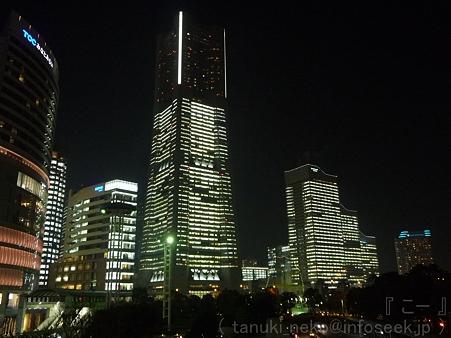 111222-みなとみらい(桜木町駅前) (3)