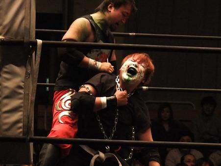 ストリートファイトデスマッチ 神威vs吹本賢児 FREEDOMS 葛西純プロデュース興行 Blood X'mas 2011 (1)