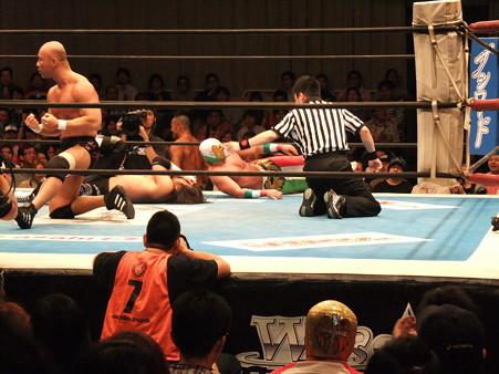 新日本プロレス BEST OF THE SUPER Jr.XIX 佐々木大輔&アンヘル・デ・オロvs邪道&外道 (3)