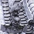 Photos: 飛び狛-本覚寺 (横浜市神奈川区高島台)