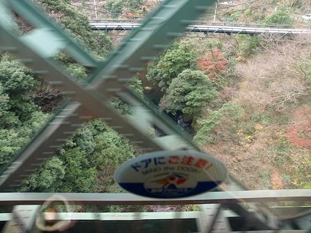 箱根登山電車の車窓(塔ノ沢駅→大平台駅)2