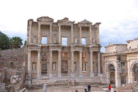 2011.01.23 トルコ 古代都市エフェス ケルスス図書館