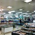 Photos: スーパーの店内