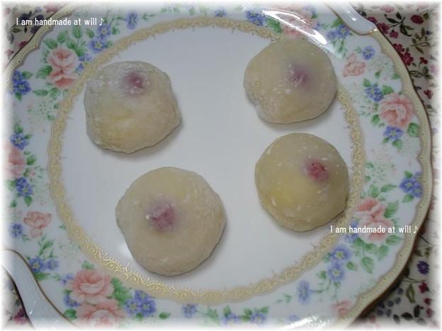 カスタードクリームの いちご大福