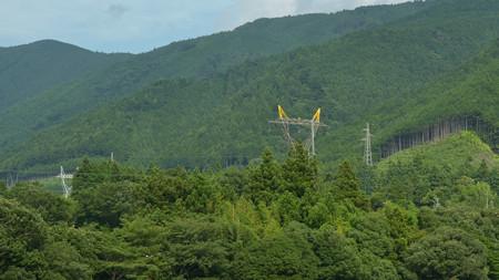 黄色い耳のねこ耳鉄塔